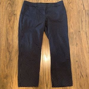 Brand new NWOT Ann Taylor crop pant size 6